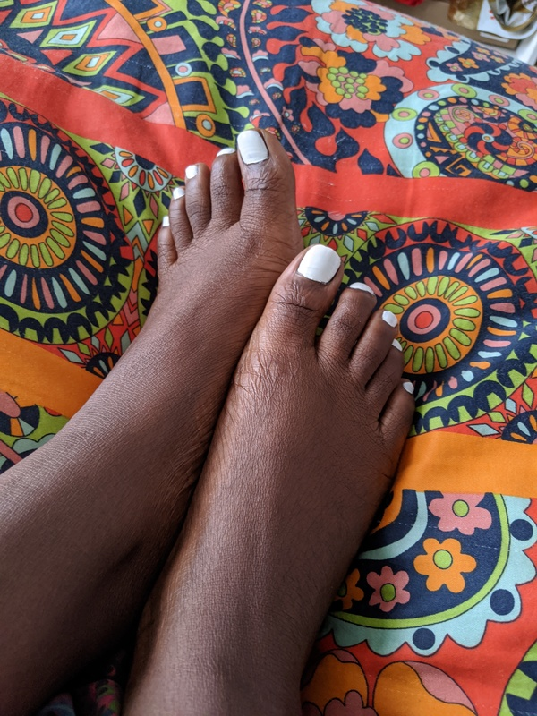 Photosets of my cute adorable little toes(10)