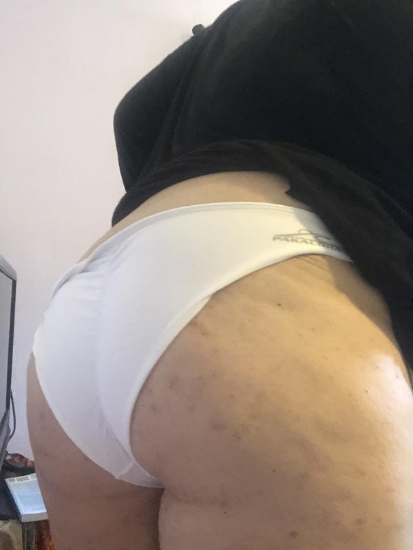 White pakaloha bikini bottoms! 3 day wear with wipe stains 🤎🤍