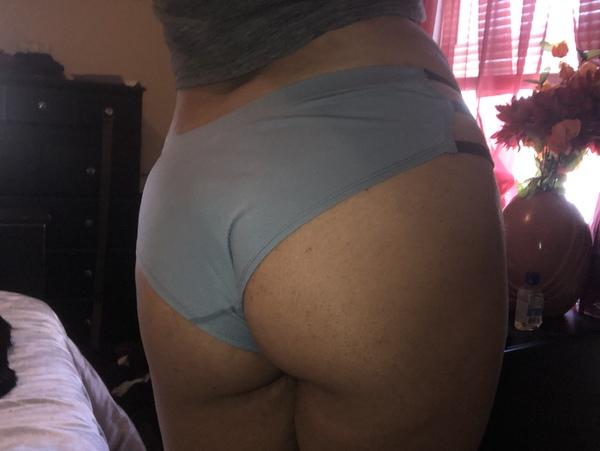 Booty pics