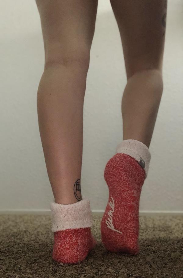 Cozy time VS socks