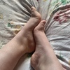 Custom foot pics or videos 🥰