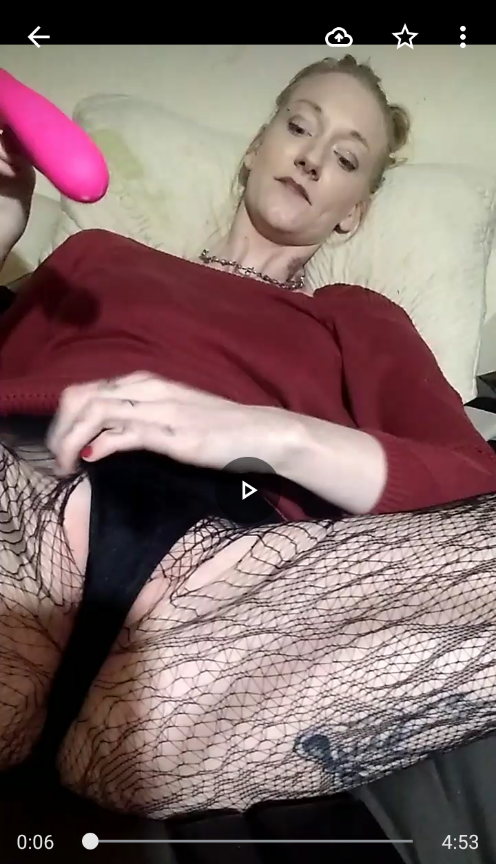 Gooey playtime in pantyhose
