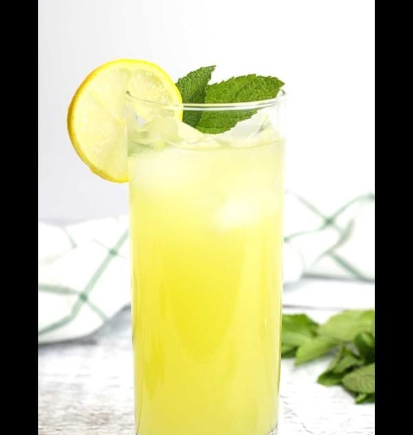 Pregnant mama  lemonade