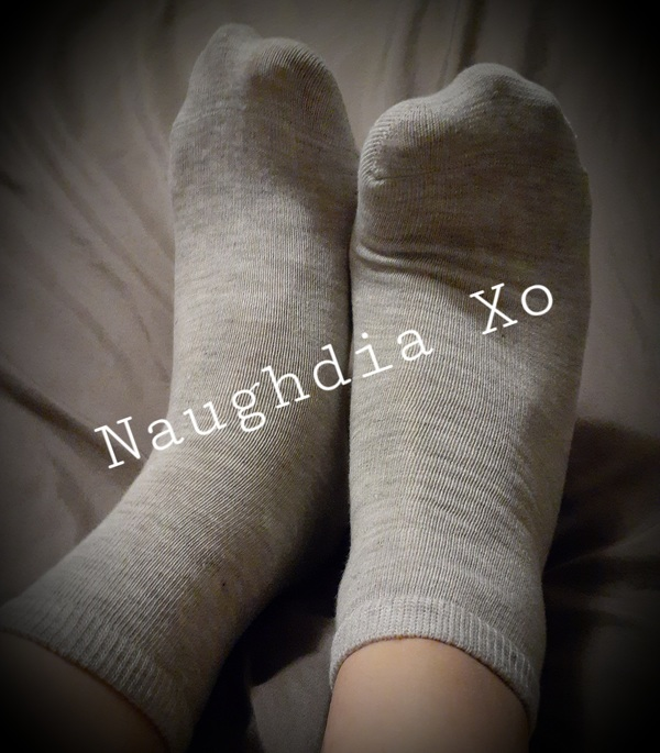 Gray Soft Socks Worn by My Size 9 Feet 💋