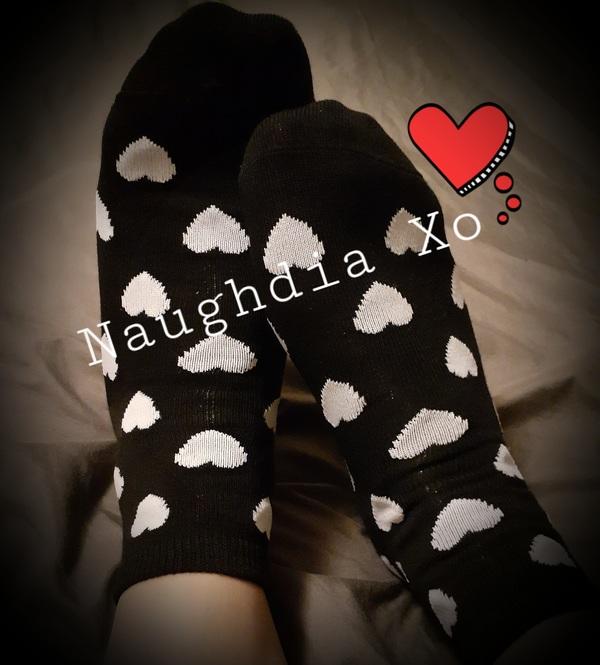 Cute Black Ankle Socks w/ Hearts