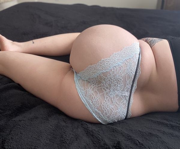 Lacy Blue Cheeky