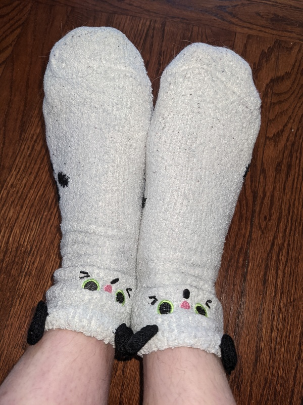 Black & White Kittycat Fuzzy Socks