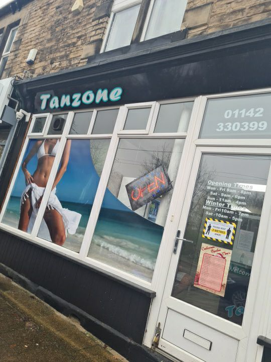 Treat your godess to a weekly tanning session