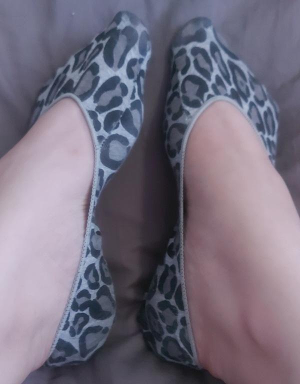 Ready To Ship💛10hr+ Sock Wear