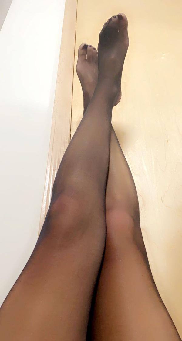 Black Worn Pantyhose