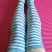 Small blue stripes long legs wm