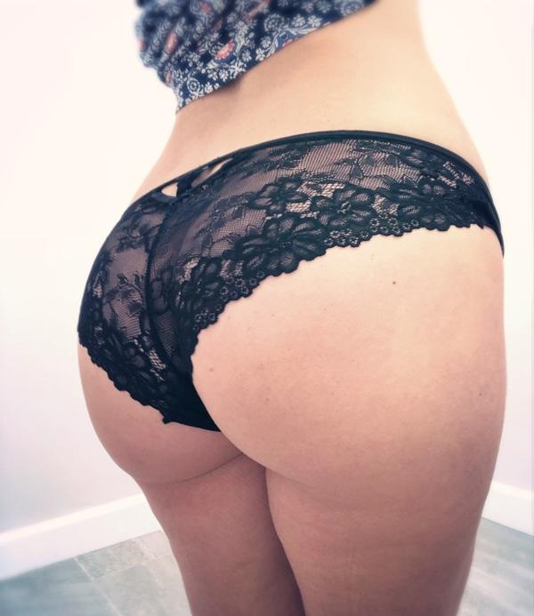 Kendra rain black lace boy shorts — pic 9