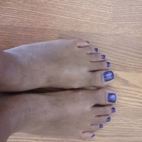 Small purple toes