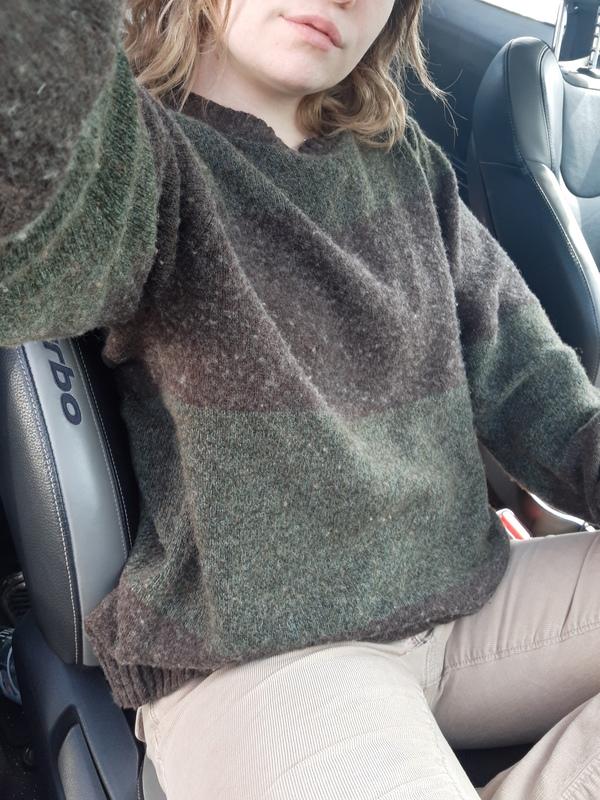 Sexy & mellow summer sweater 🕶