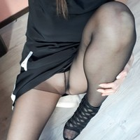 2 vids of pantyhose play peeing in them in the end, cameltoe