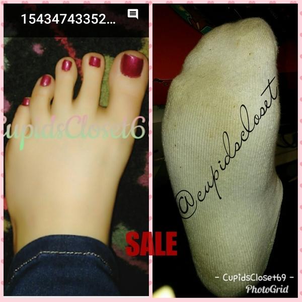 2 Day White Ankle Socks