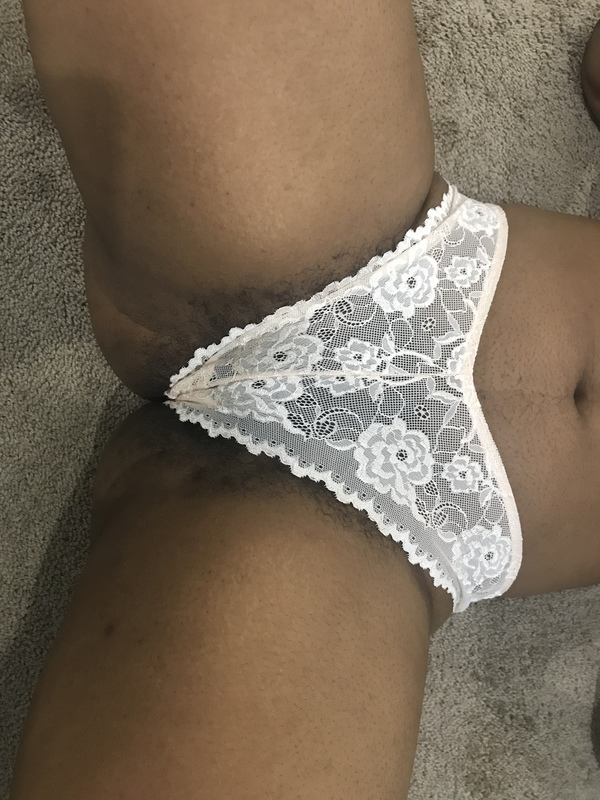 Floral cream lace panties