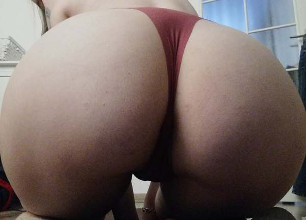 Pink thongs - come get them!