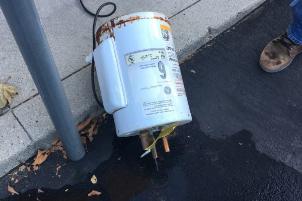Failed Water Heater causes Water Damage in Camarillo, CA