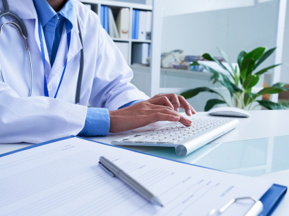 Doctor searching for best hipaa compliant email service