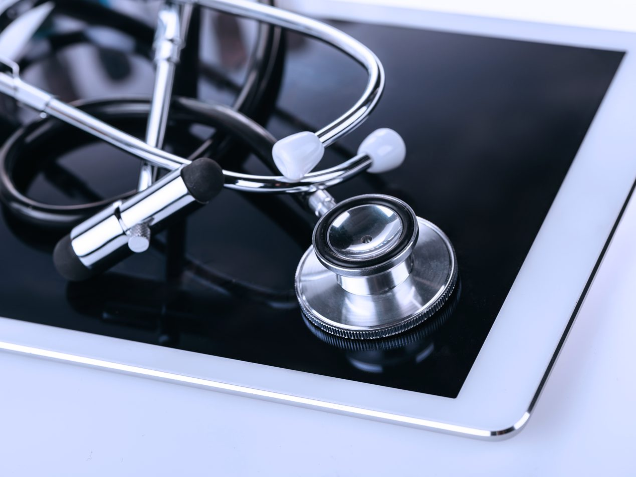 Tablet with stethoscope to help patient engagement