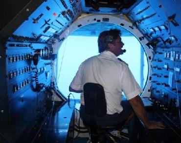 Oahu Premium Submarine Tour image 3