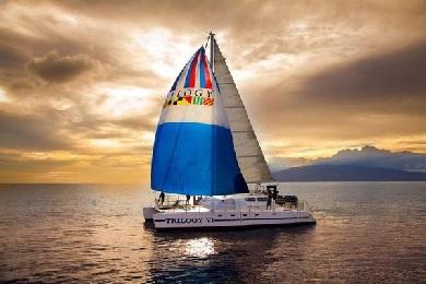 Sunset Deluxe Kaanapali Sail