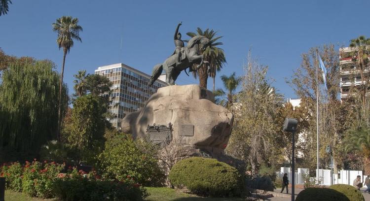 San Martín Square in Mendoza