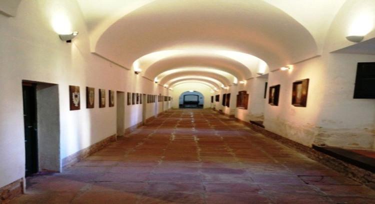 Galería de convento franciscano