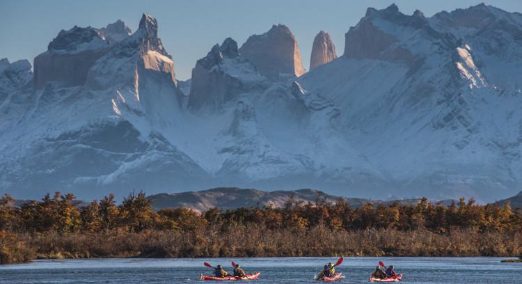 Cuernos del Paine desde lago Grey