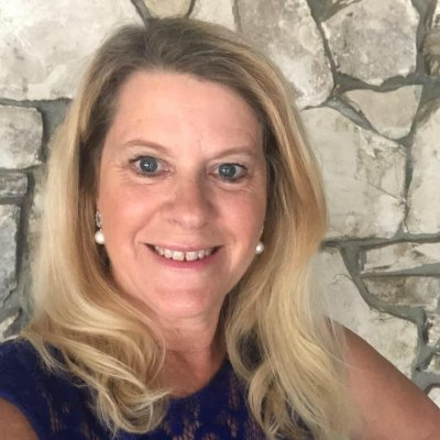 Rosalie Durk Elliott - doTERRA Wellness Advocate