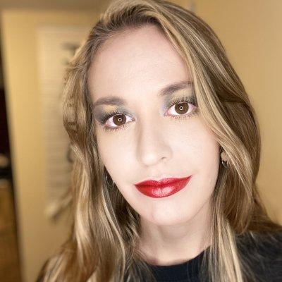 Marissa Mohney - Farmasi Beauty Influencer