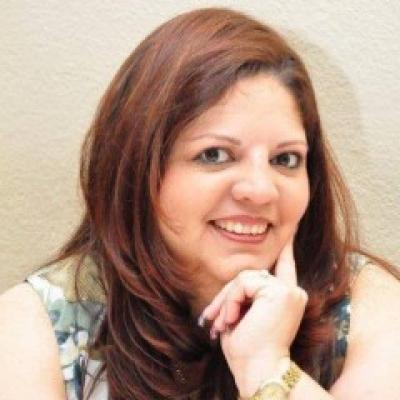 Elaine Lopez - Leading Designer