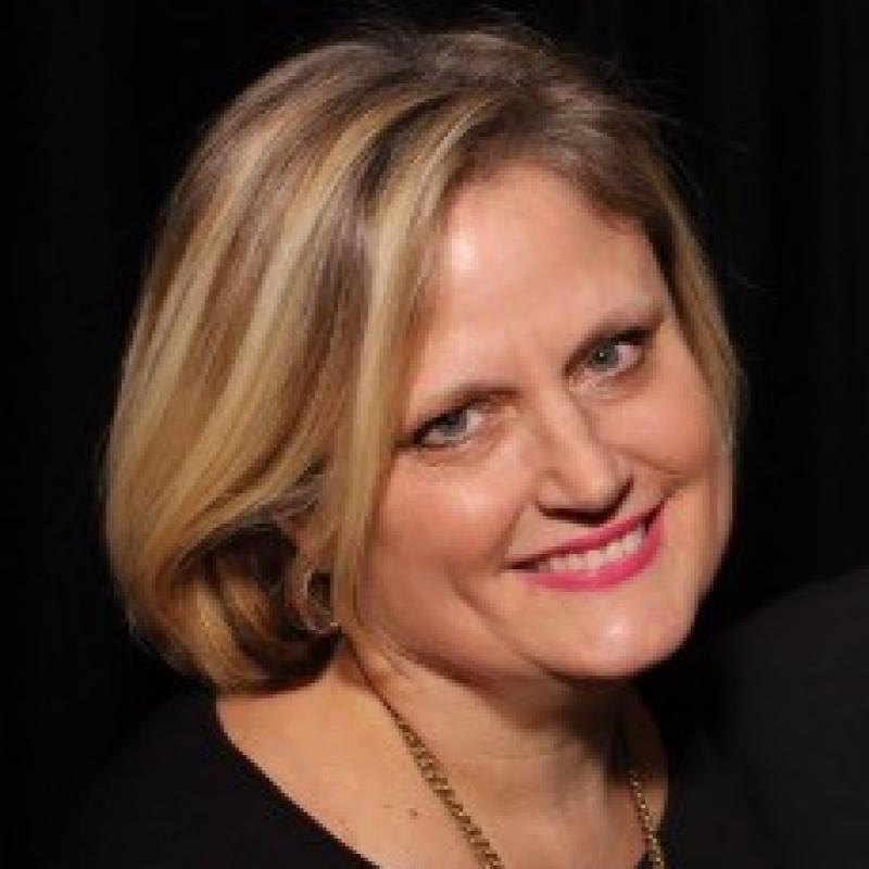 Laura Thompson Pitsikoulis