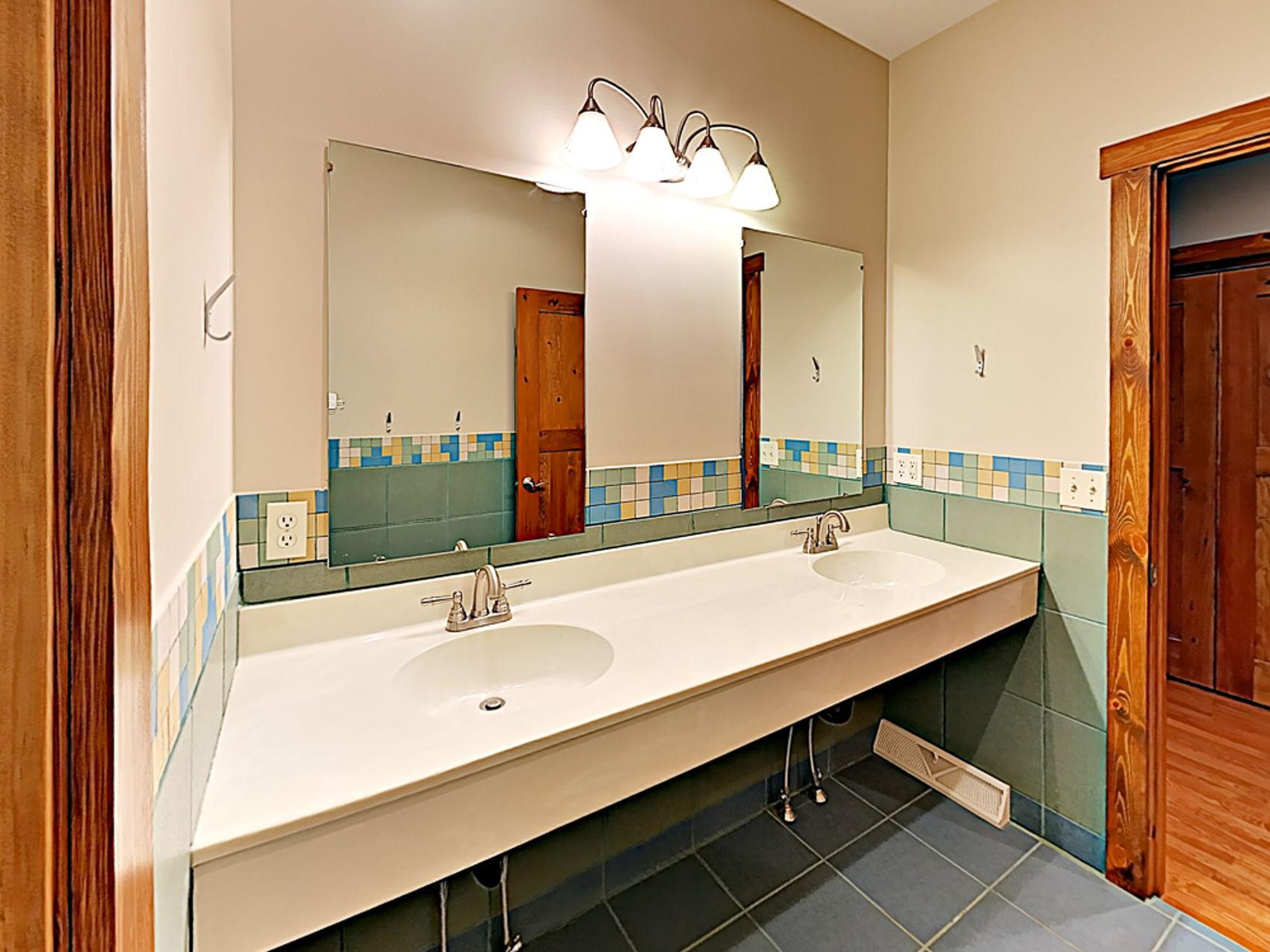 Handicap Friendly Bathroom