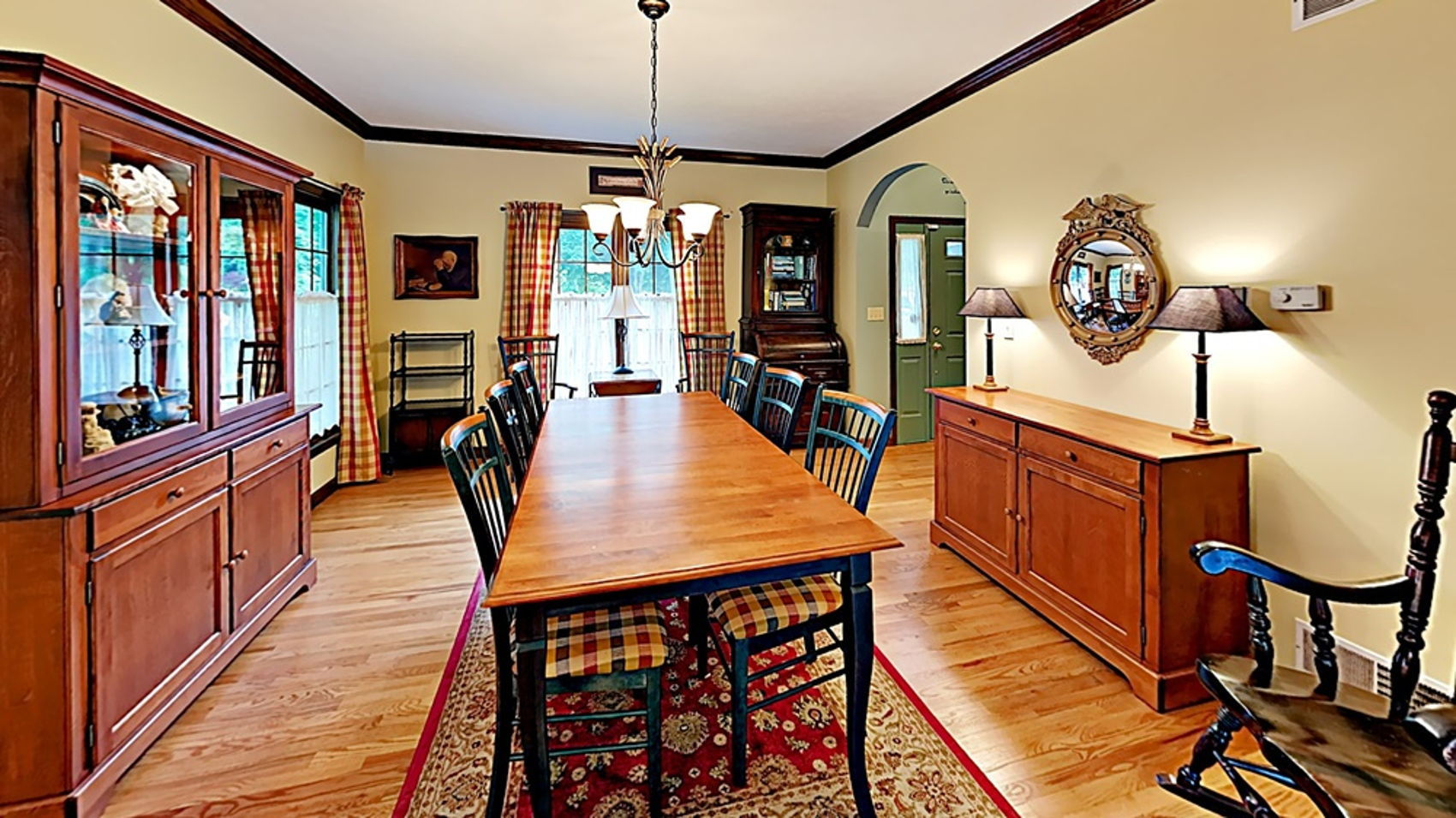 Dining room with hardwood