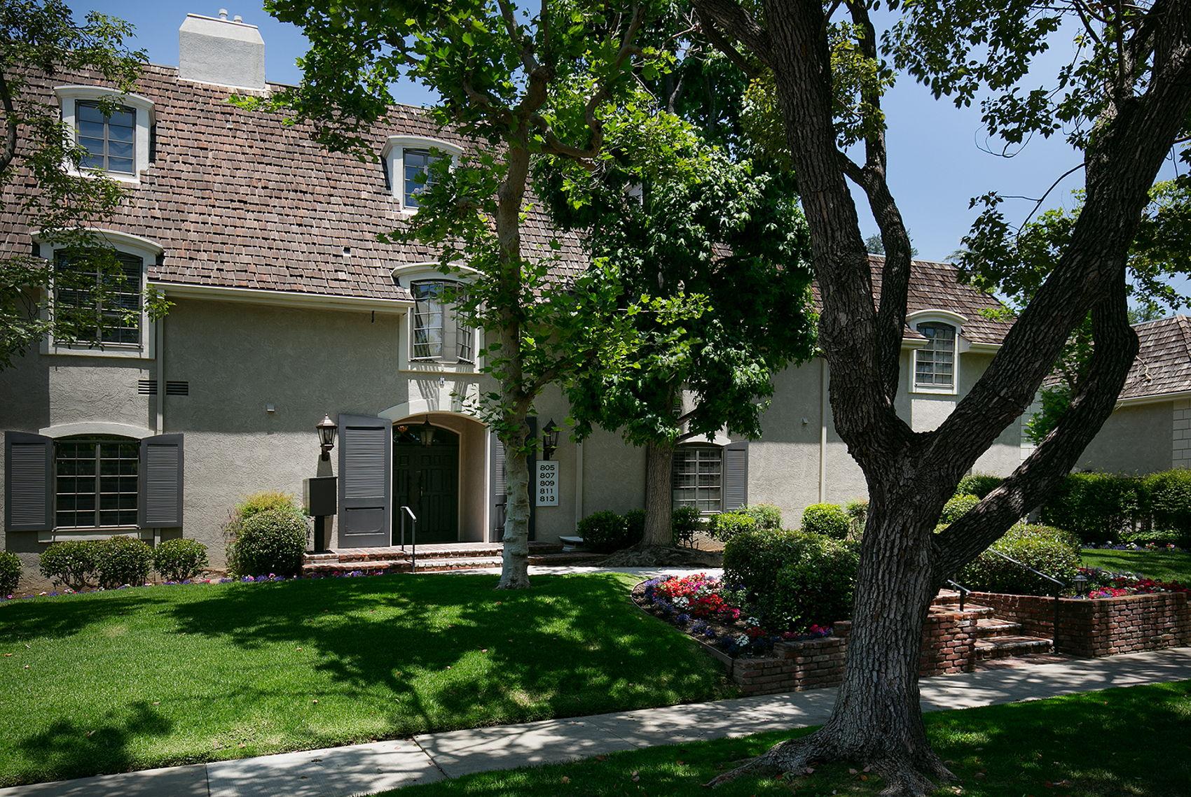 805 S Orange Grove Blvd 001-mls.jpg