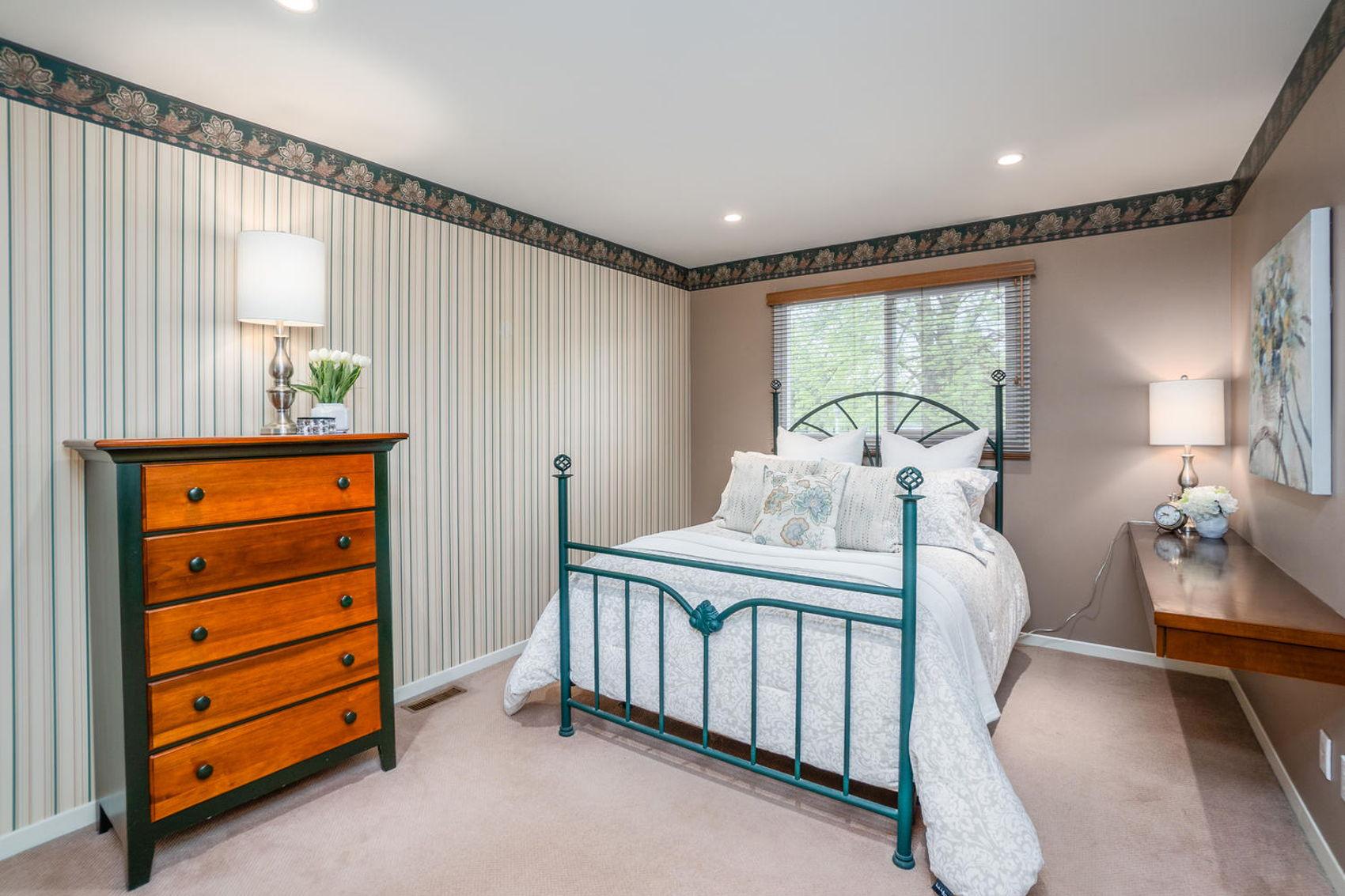 14 Treasure Grove Toronto ON-large-023-17-Bedroom 3-1500x1000-72dpi.jpg