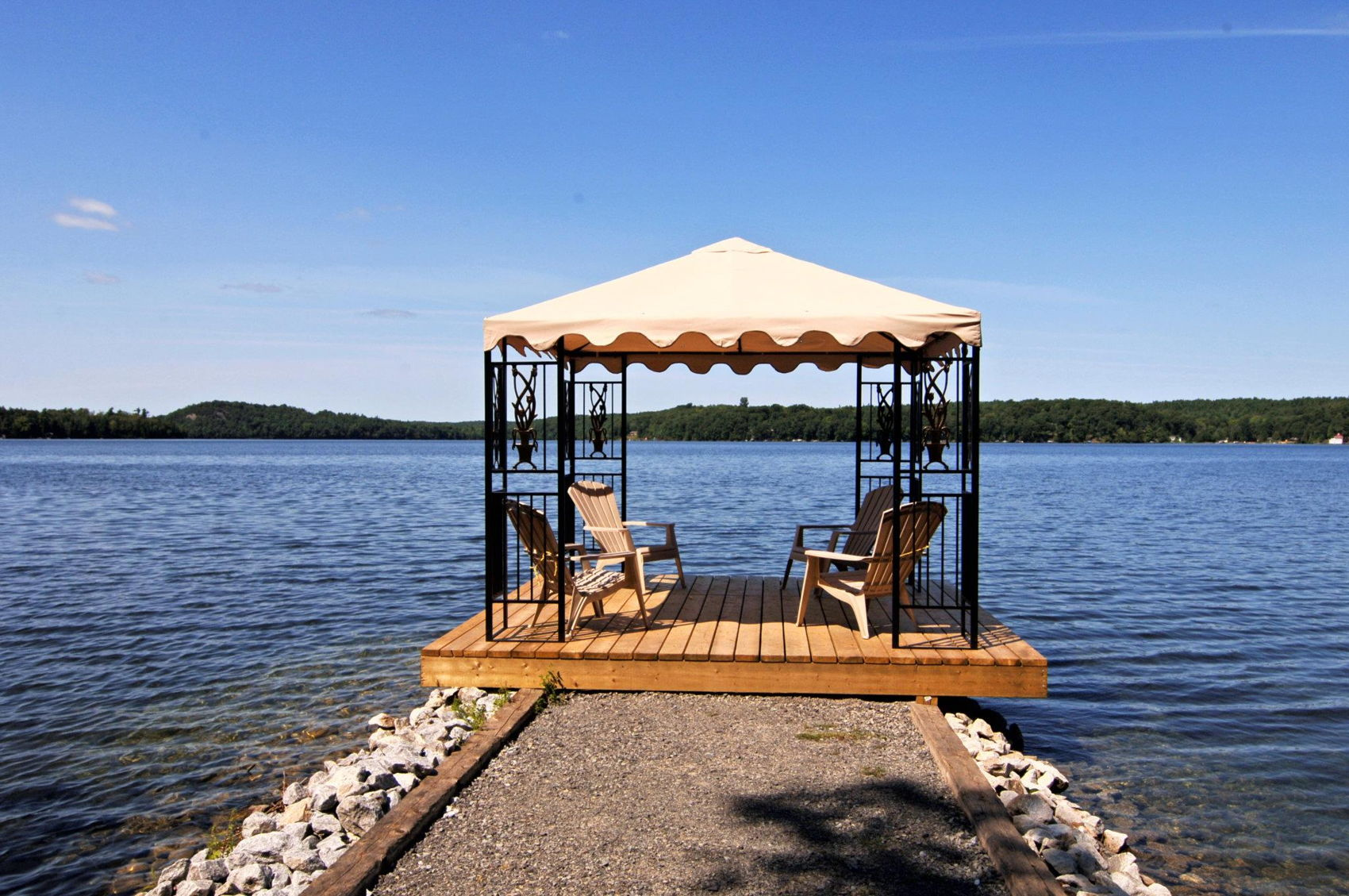 Gazebo on Lake.jpg