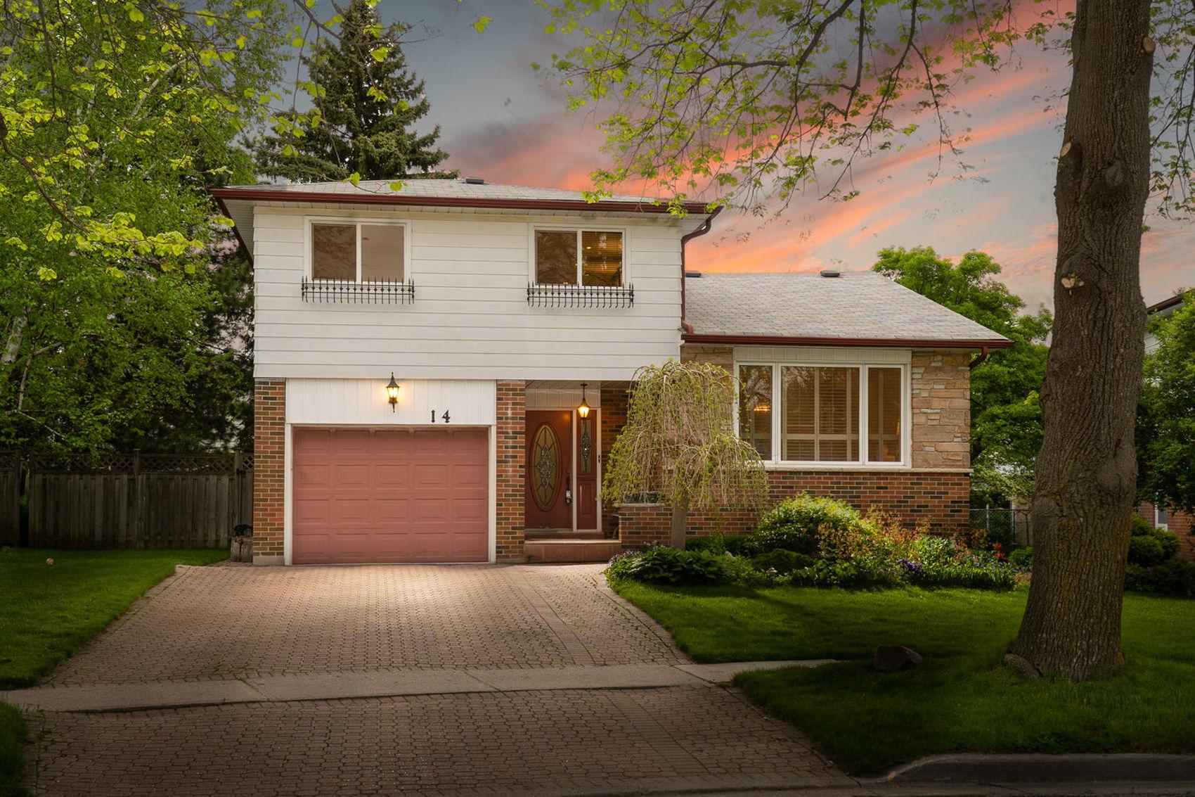14 Treasure Grove Toronto ON-large-001-26-Twilight-1500x1000-72dpi.jpg