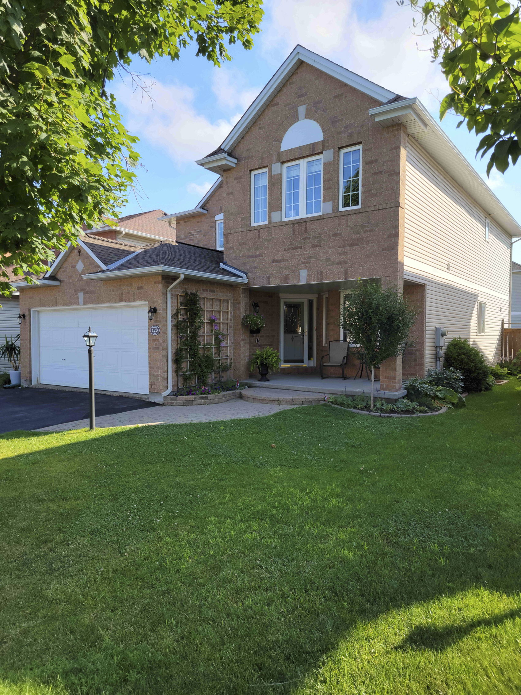 120 Fairlop FRONT PIC MLS READY.JPG