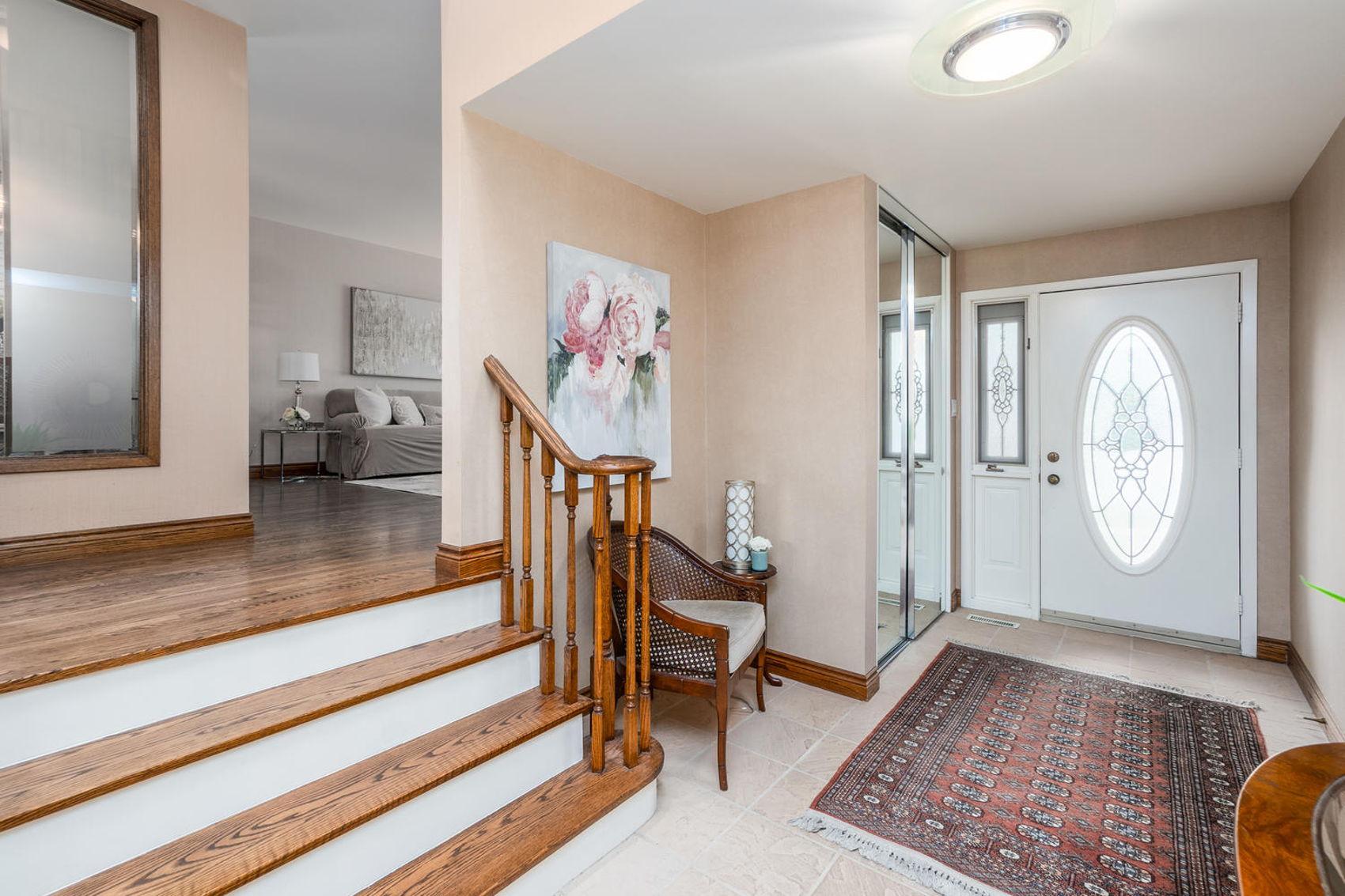 14 Treasure Grove Toronto ON-large-006-2-Hallway-1500x1000-72dpi.jpg