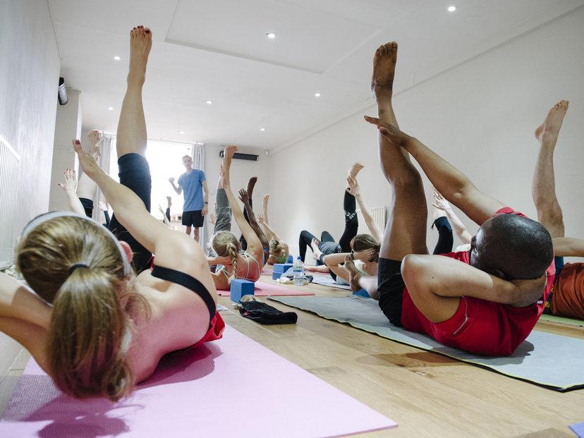 Hot Dynamic Yoga - Intermediate Level - MINDBODY