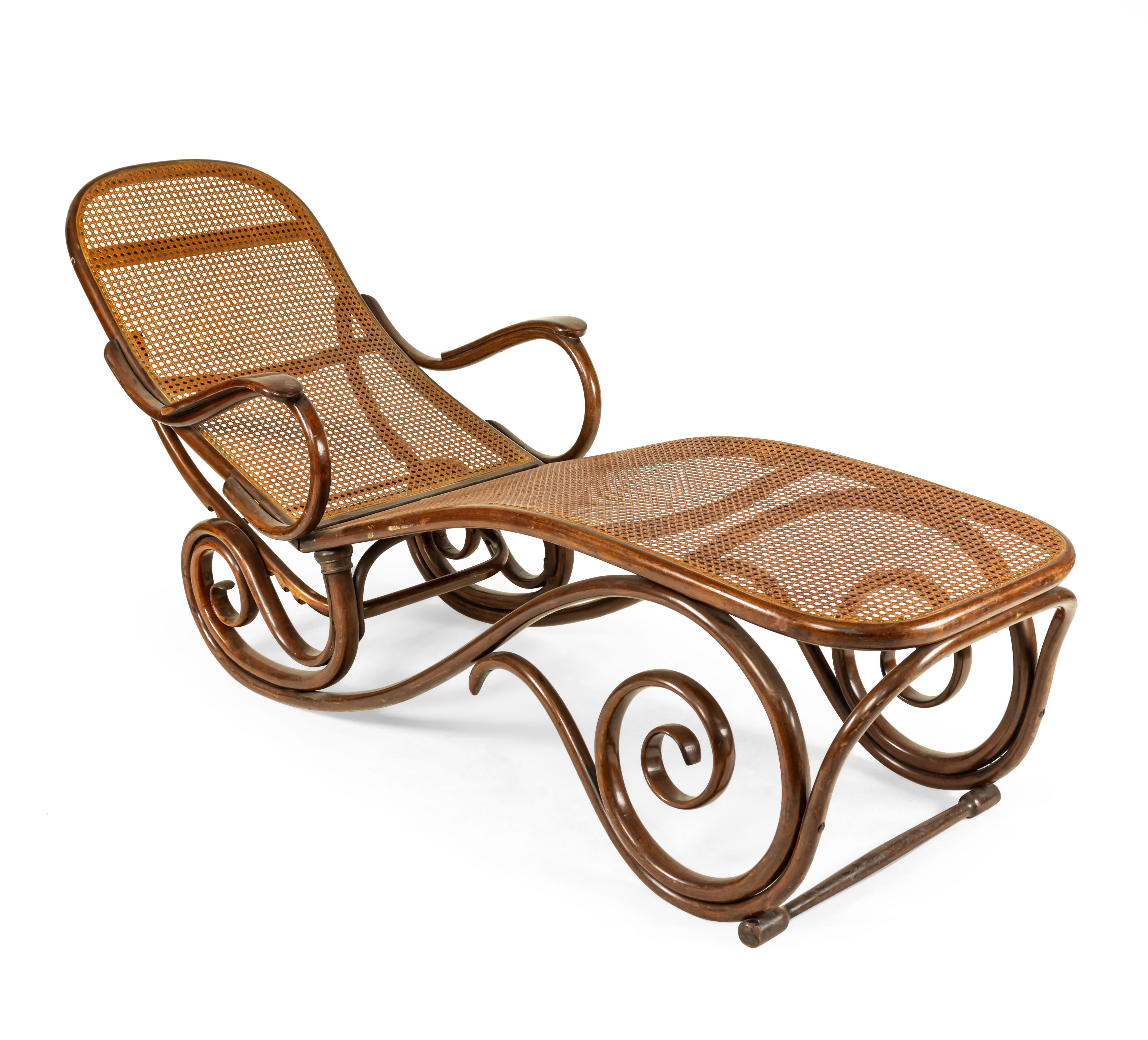Bentwood thonet Style scroll design chaise