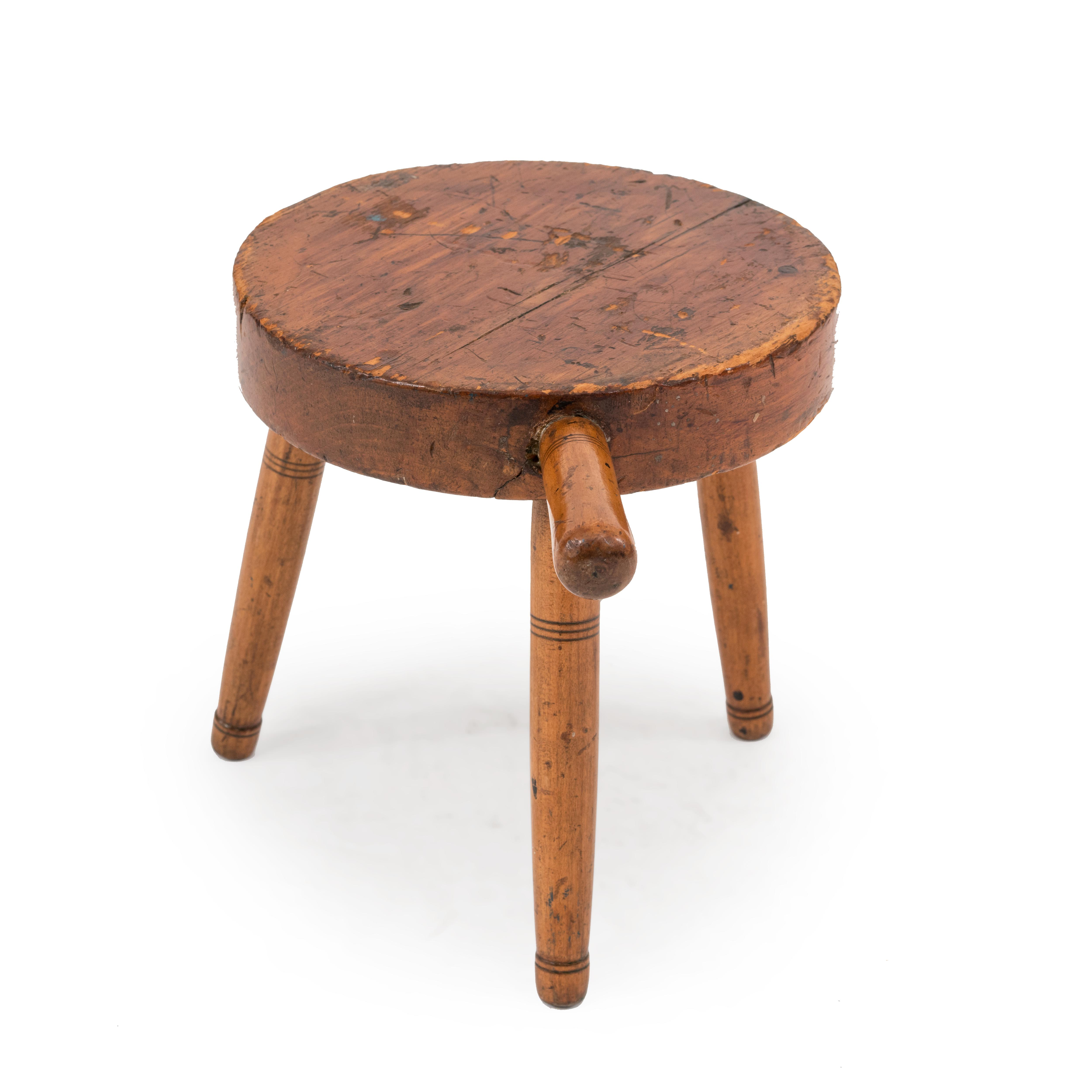 Magnificent American Country Maple Milking Stool 1 Newel Dailytribune Chair Design For Home Dailytribuneorg
