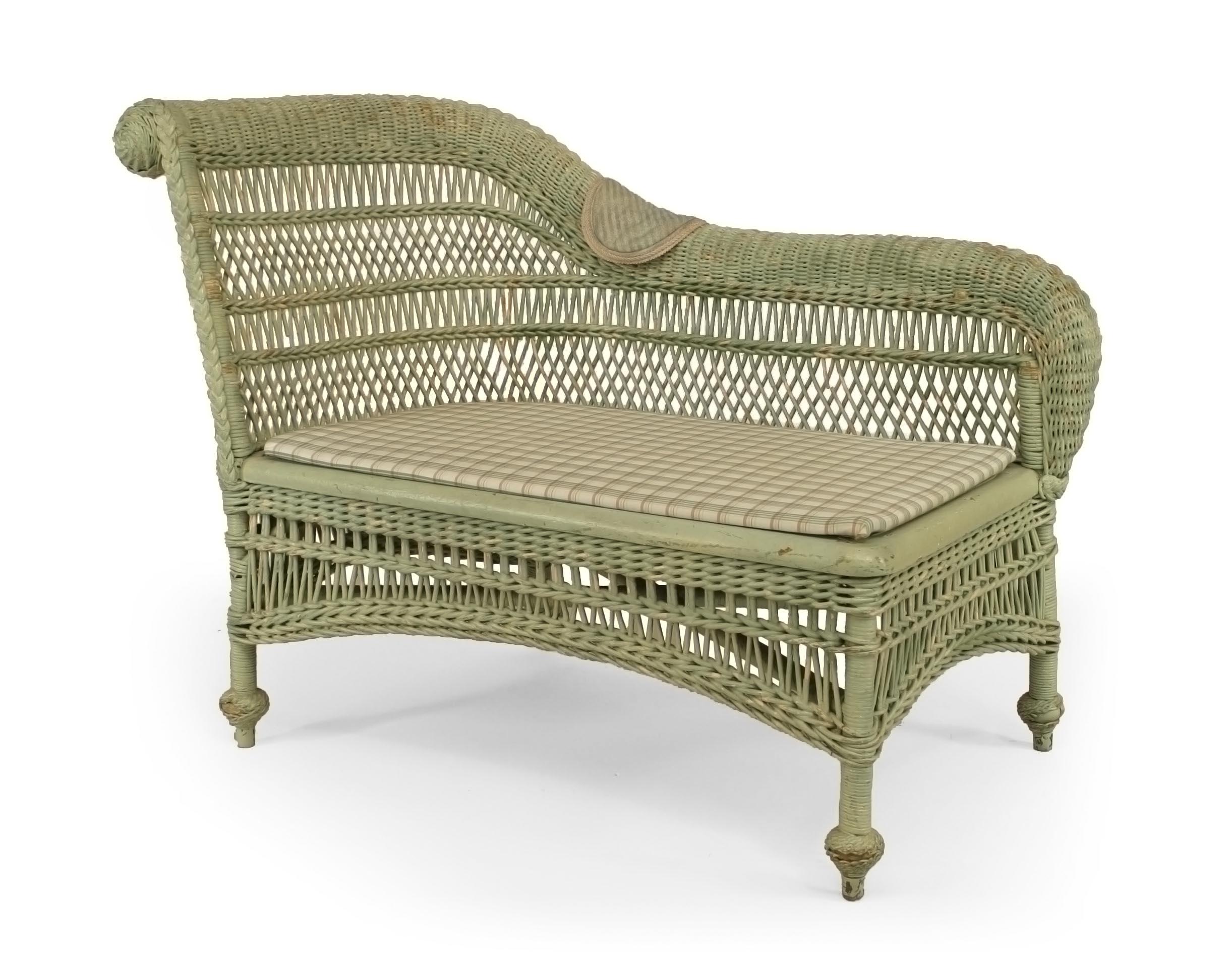 Cool Victorian American Green Wicker Recamier 1 Newel Ncnpc Chair Design For Home Ncnpcorg