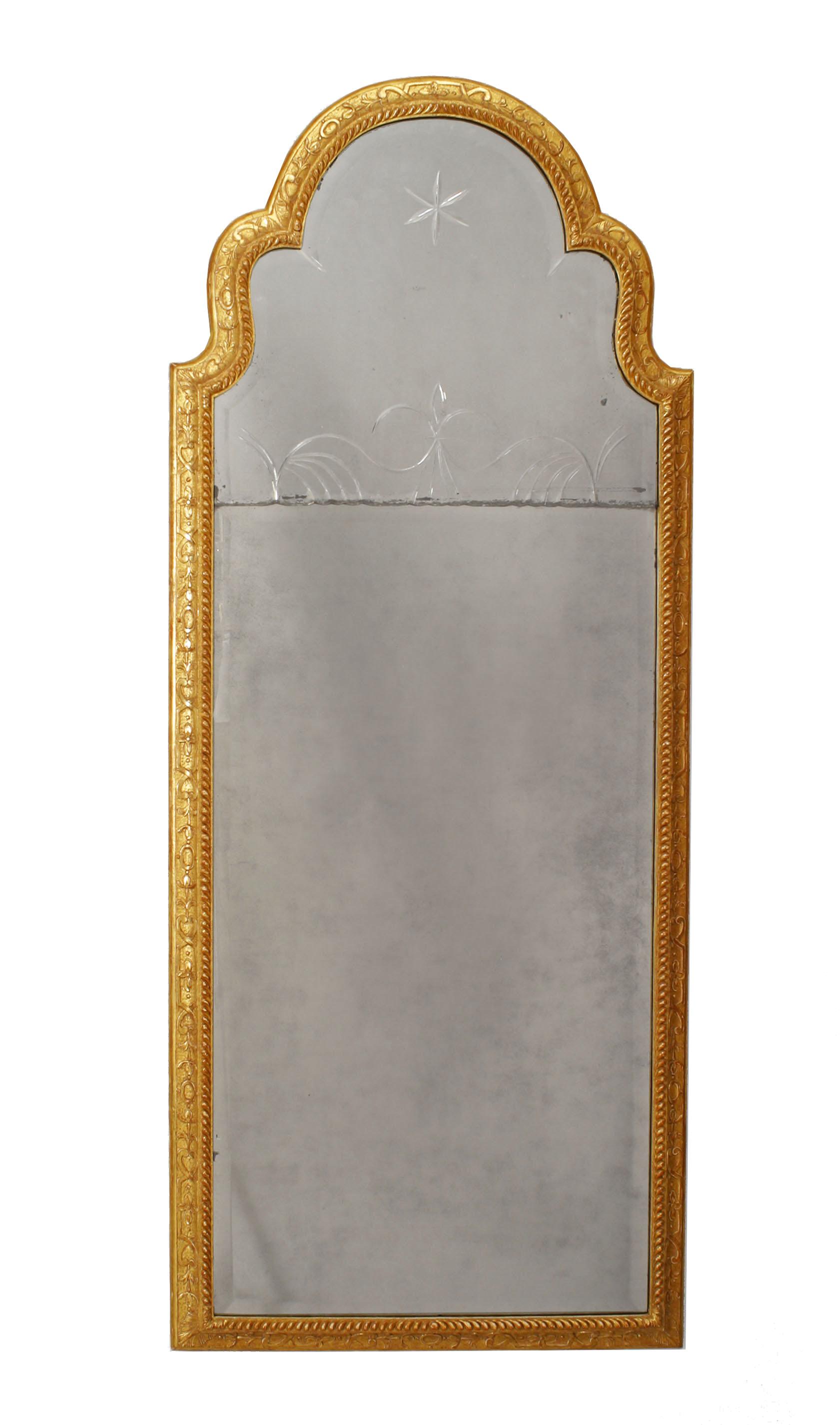 Beau English Queen Anne Gilt Wall Mirror