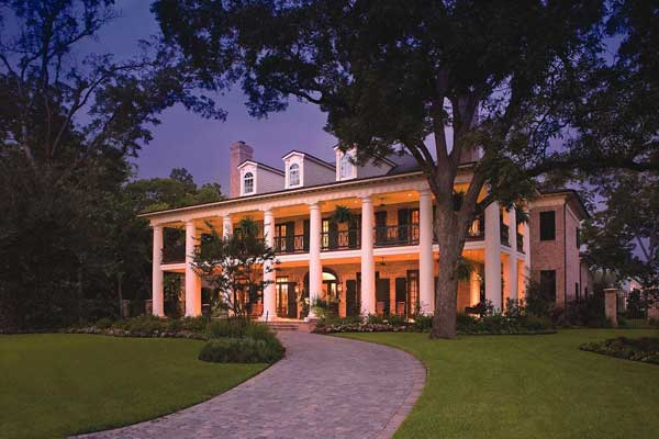 Southern-colonial Style Home Design Plan: 10-1672