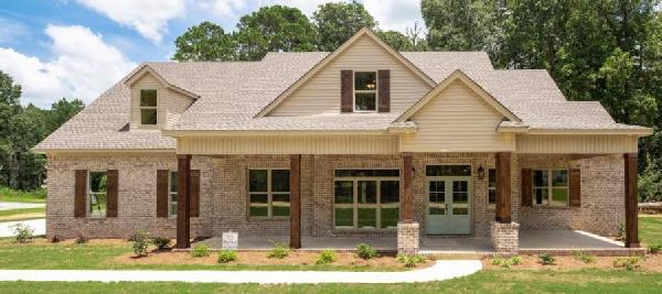 Modern-farmhouse Style Home Design Plan: 103-390