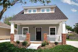 Bungalow Style Home Design Plan: 111-142